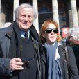 Claude Rich et sa femme Catherine Rich - Funérailles d'Alain Resnais en l'église Saint-Vincent-de-Paul à Paris le 10 mars 2014.