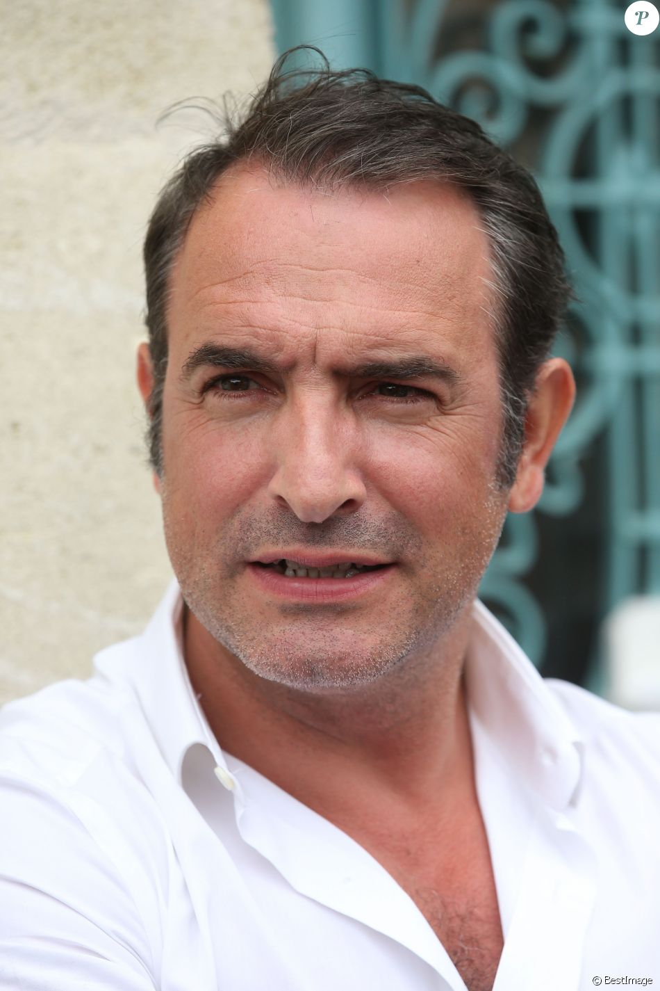 Jean dujardin encore priv de permis de conduire l for Jean dujardin photo