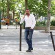 Exclusif - Jérôme Kerviel, accompagné de son avocat David Koubbi, du président de son association, et d'un ami, va se faire enlever son bracelet électronique au Service pénitentiaire d'insertion et de probation (SPIP) au 12 rue Charles Fourier, dans le 13ème arrondissement à Paris, le 26 juin 2015