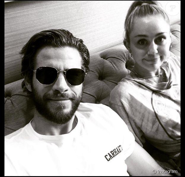 Liam Hemsworth et Miley Cyrus sur une photo publiée sur Instagram le 10 juillet 2017