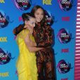 Millie Bobby Brown, Maddie Ziegler -Cérémonie des Teen Choice Awards 2017 au Galen Center à Los Angeles, le 13 août 2017. © Birdie Thompson/AdMedia/Zuma Press/Bestimage