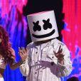 Bella Thorne and Marshmello - Cérémonie des Teen Choice Awards 2017 au Galen Center à Los Angeles, le 13 août 2017. Crédits Frank Micelotta/FOX/PictureGroup/ABACAPRESS.COM