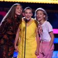 Maddie Ziegler, Millie Bobby Brown et Grace VanderWaal - Cérémonie des Teen Choice Awards 2017 au Galen Center à Los Angeles, le 13 août 2017. Crédits Frank Micelotta/FOX/PictureGroup/ABACAPRESS.COM