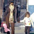 Iman Bowie et sa fille Alexandria à New York. Février 2006.