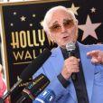Charles Aznavour reçoit son étoile sur le Hollywood Walk of Fame à Los Angeles, le 24 août 2017. © Chris Delmas/Bestimage