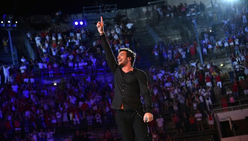 """Exclusif - Amir Haddad - Emission """"La chanson de l'année fête la musique"""" dans les arènes de Nîmes, diffusée en direct sur TF1 le 17 juin 2017. © Bruno Bebert/Bestimage"""