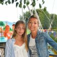 Natty Belmondo et sa fille Stella - Ouverture de la 34ème Fête foraine des Tuileries au jardin des Tuileries à Paris, France, le 23 juin 2017. © Coadic Guirec/Bestimage