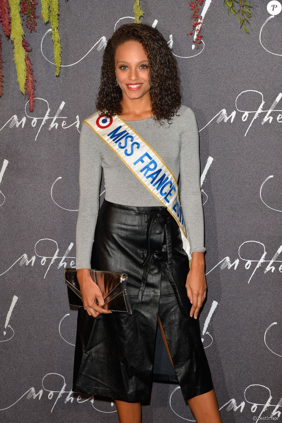 "Alicia Aylies (Miss France 2017) - Avant-première du film ""Mother!"" au cinéma UGC Normandie à Paris, France, le 7 septembre 2017. © Coadic Guirec/Bestimage"