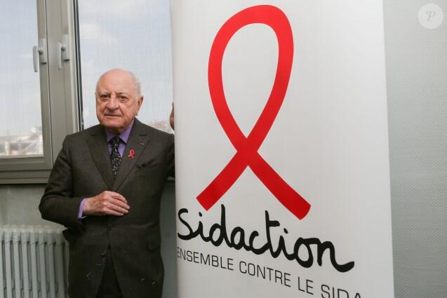 """Pierre Bergé lors de la remise du prix """"VIH Pocket Films"""" au siège du Sidaction à Paris. Le 26 mars 2014"""