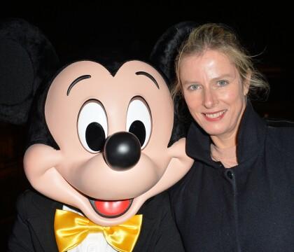 Karin Viard adore Mickey et elle ne le cache pas !