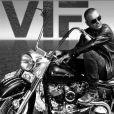 """Christian Audigier, star d'un documentaire baptisé """"Vif the movie"""" retraçant son parcours et son combat contre la maladie."""
