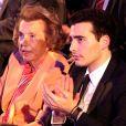 Liliane Bettencourt et son petit-fils Jean-Victor lors de la 14e cérémonie de remise des L'Oréal-Unesco Awards le 29 mars 2012.