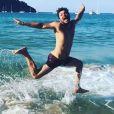 Kev Adams à la plage, en Espagne, dimanche 24 septembre 2017