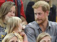 Prince Harry, craquant pour faire des grimaces à une fillette aux Invictus Games