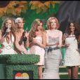 Les Girls Aloud ont remporté le Brit Award de la chanson de l'année !