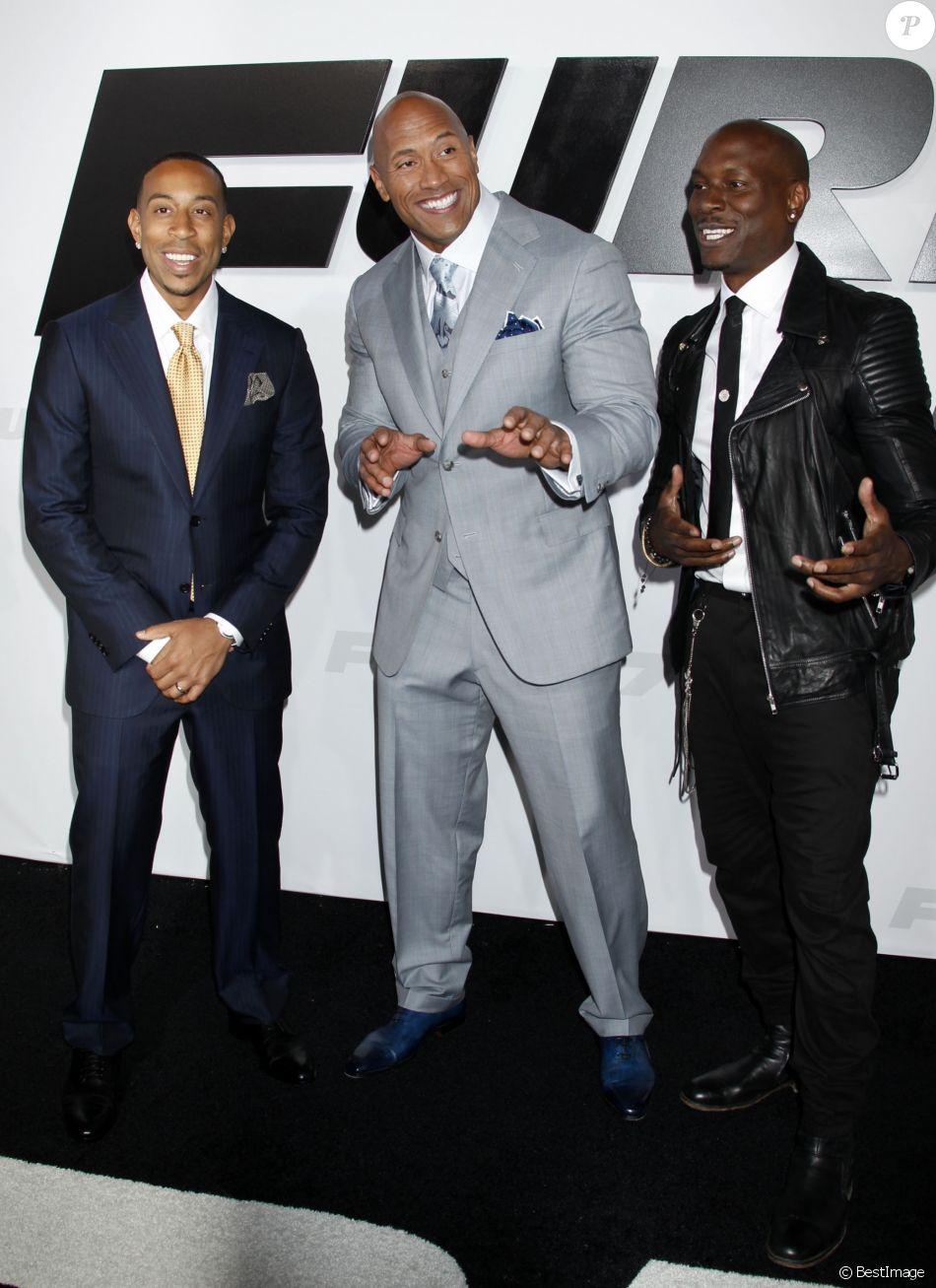 """Ludacris, Dwayne Johnson, Tyrese Gibson lors de l'avant-première du film """"Fast and Furious 7"""" à Hollywood, le 1 avril 2015"""