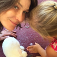 Photo de Carla Bruni et sa fille Giulia. Avril 2017.