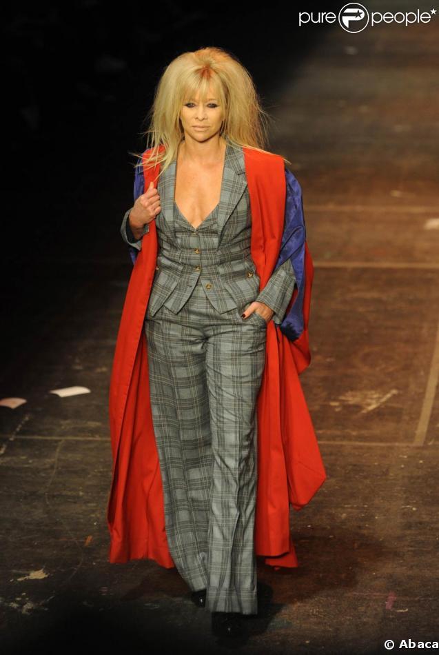Jo Wood au défilé Vivienne Westwood, à la Fashion Week de Londres ! 21/02/09