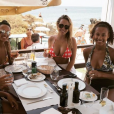 Kate Wright lors de ses vacances au Portugal avec des membres de la famille de son compagnon Rio Ferdinand, en août 2017, photo Instagram.