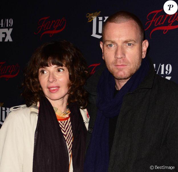 "Eve Mavrakis et son mari Ewan McGregor au ""2017 FX Network Upfronts"" à New York, le 6 avril 2017."