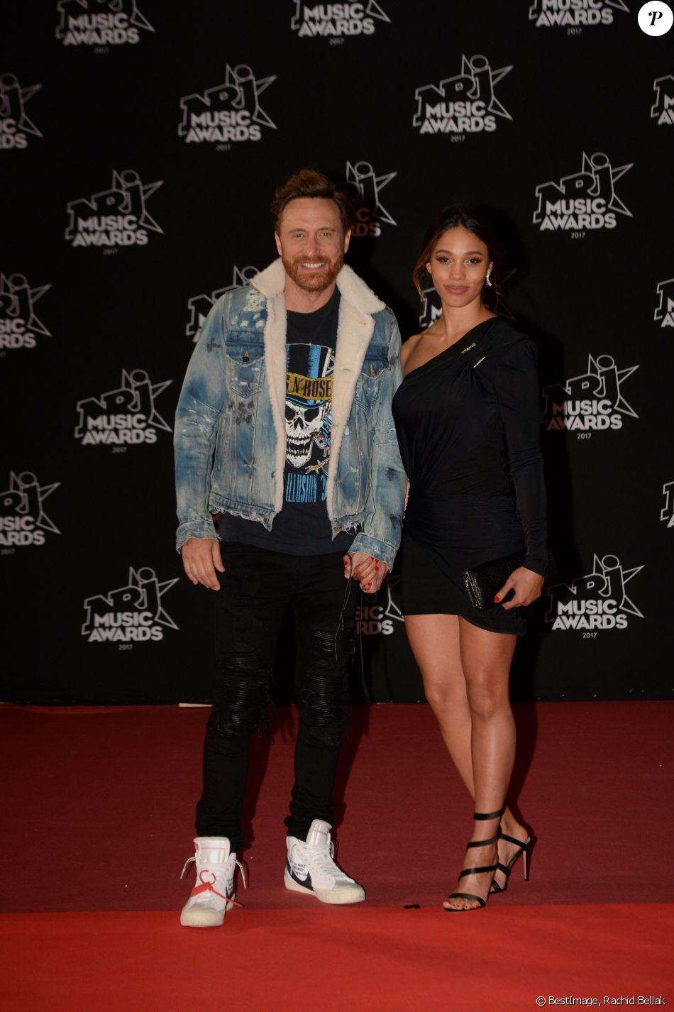 David Guetta et sa compagne Jessica Ledon - 19ème édition des NRJ Music Awards à Cannes le 4 novembre 2017. © Rachid Bellak/Bestimage