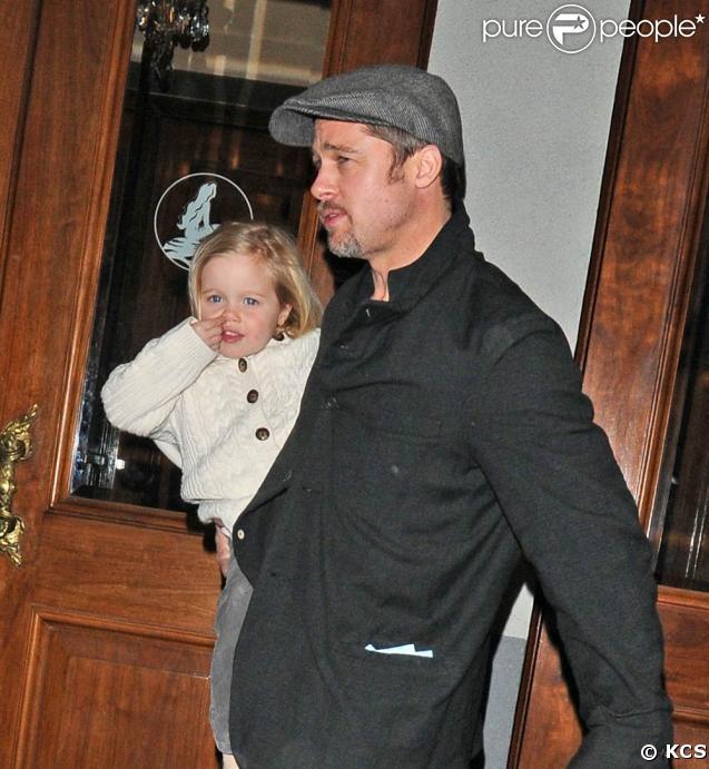 Angelina Jolie et Brad Pitt ont emmené leurs enfants voir La Petite Sirène, à Broadway ! 25/02/09