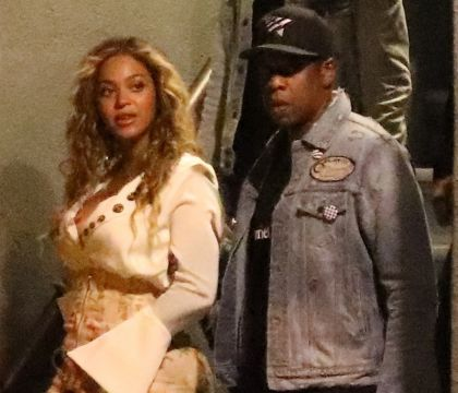Beyoncé et Jay-Z : Les premières photos (adorables) des jumeaux Rumi et Sir