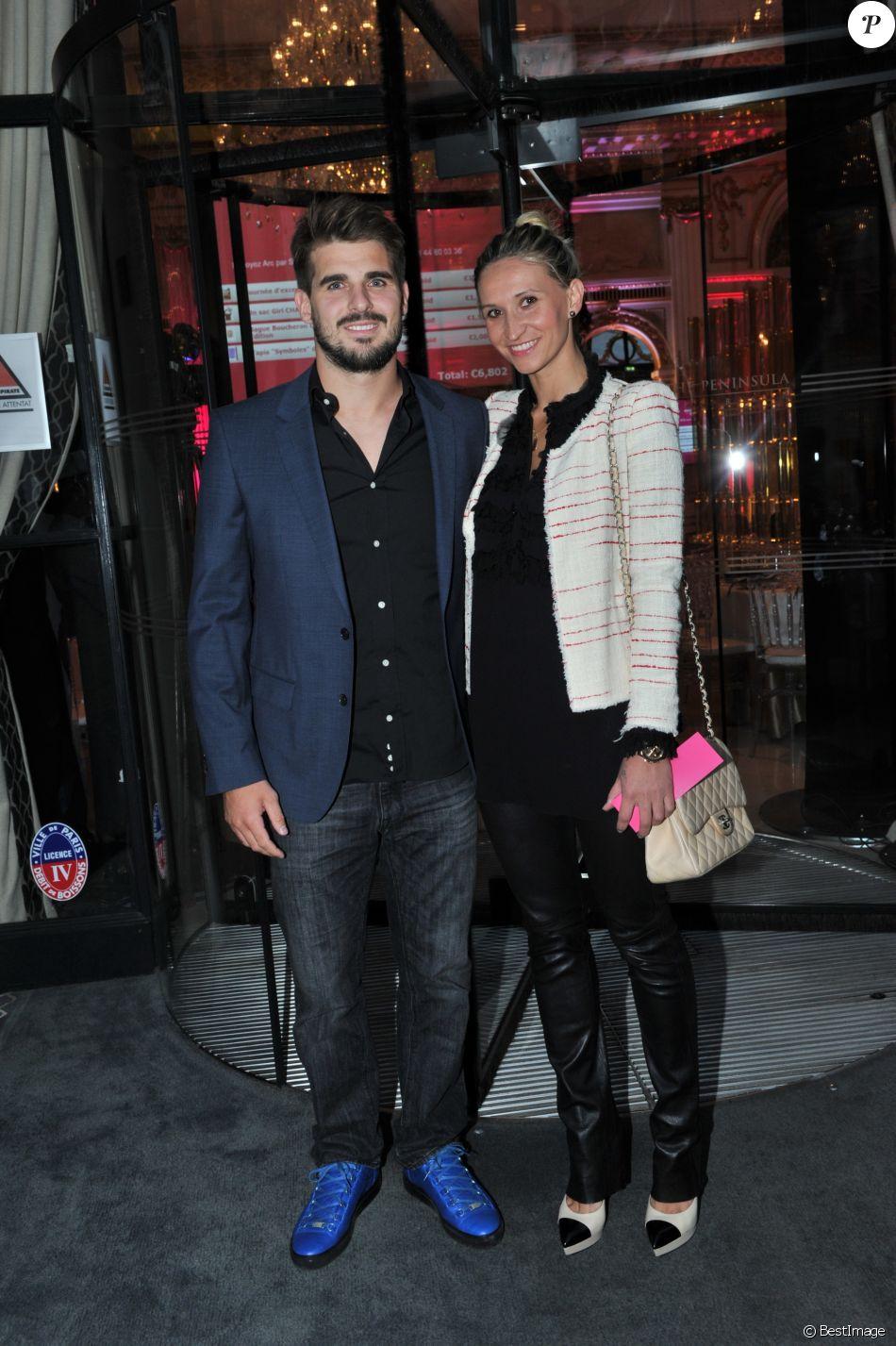 Exclusif - Hugo Bonneval et sa compagne Tatiana Golovin - Dîner de gala au profit de la Fondation ARC pour la recherche contre le cancer du sein à l'hôtel Peninsula à Paris le 1er octobre 2015.