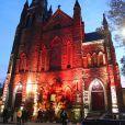L'église de la Visitation de la bienheureuse Vierge Marie à Brooklyn, New York, accueillait le 29 octobre 2016 le mariage religieux de Julio Mario Santo Domingo, frère de Tatiana Santo Domingo, et de la journaliste argentine Nieves Zuberbühler, sur le thème... d'Halloween.