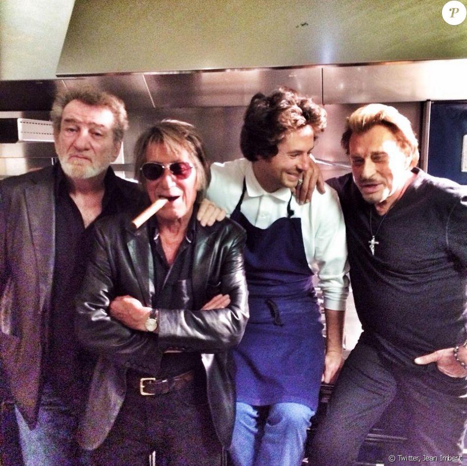 Dernière soirée entre Vieilles canailles pour Johnny Hallyday, Eddy Mitchell et Jacques Dutronc au restaurant de Jean Imbert, L'acajou, à Paris le 10 novembre 2014.