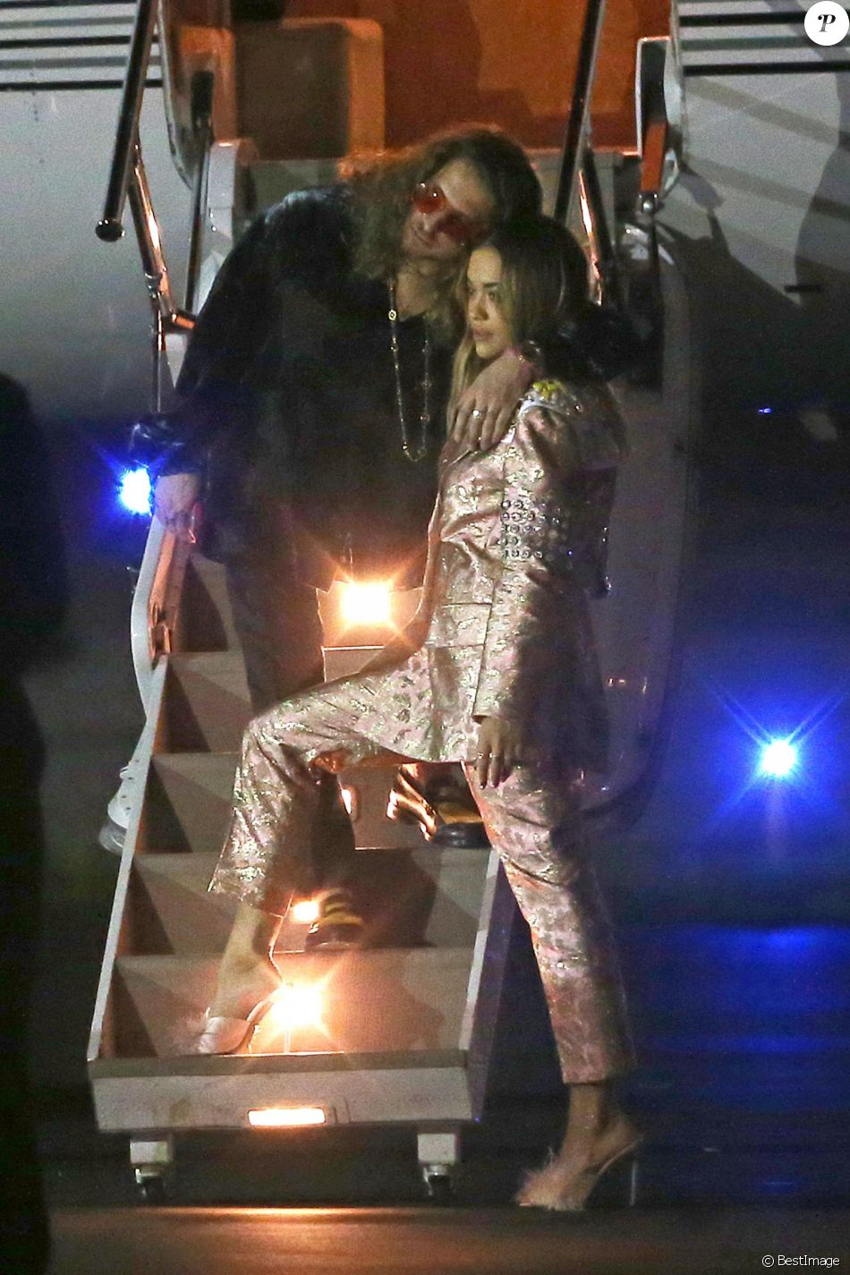 Rita Ora et Andrew Watt à Miami, le 5 décembre 2017. © CPA/Bestimage