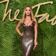 Rita Ora aux Fashion Awards 2017 au Royal Albert Hall à Londres, le 4 décembre 2017.