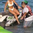 Sofia Richie profite d'un après-midi ensoleillé sur la plage de Miami, le 8 décembre 2017.
