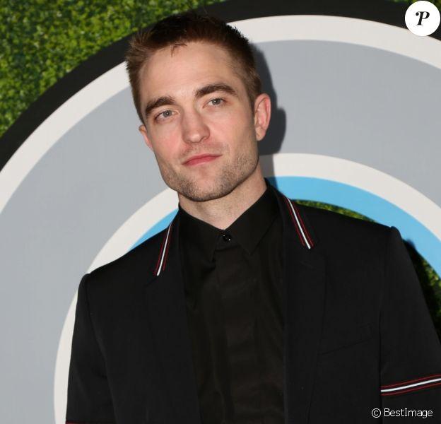 Robert Pattinson - People à la soirée 'GQ Men of the Year 2017' au Château Marmont à Los Angeles, le 7 décembre 2017.