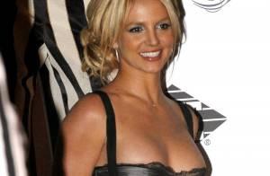 Britney Spears, découvrez le secret de ses costumes de scène et regardez une nouvelle vidéo !