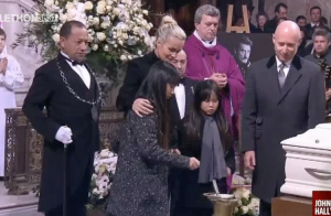 Johnny Hallyday enterré à Saint-Barthélemy : Comment il a choisi sa tombe...