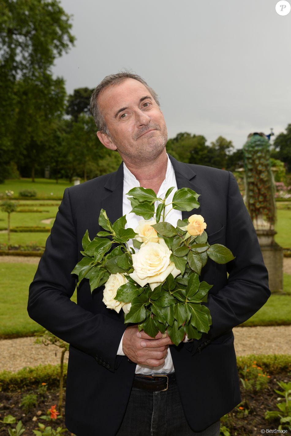 """Exclusif - Baptême de la rose """"Christophe Dechavanne"""" au Parc de Bagatelle à Paris le 16 juin 2016. ® Meibarbaru."""