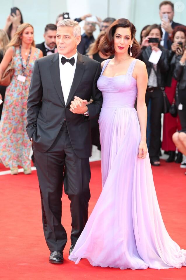 """George Clooney et sa femme Amal à la première de """"Suburbicon"""" au 74ème Festival International du Film de Venise (Mostra), le 2 septembre 2017."""