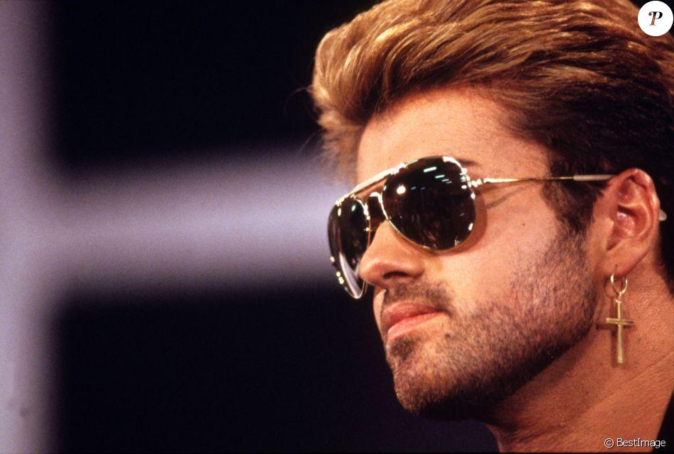 Un an après sa mort, sa famille lui rend hommage — George Michael