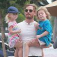 Will Kopelman, l'ex-mari de Drew Barrymore, est allé déjeuner avec ses enfants Olive et Frankie à West Hollywood, le 28 juin 2016