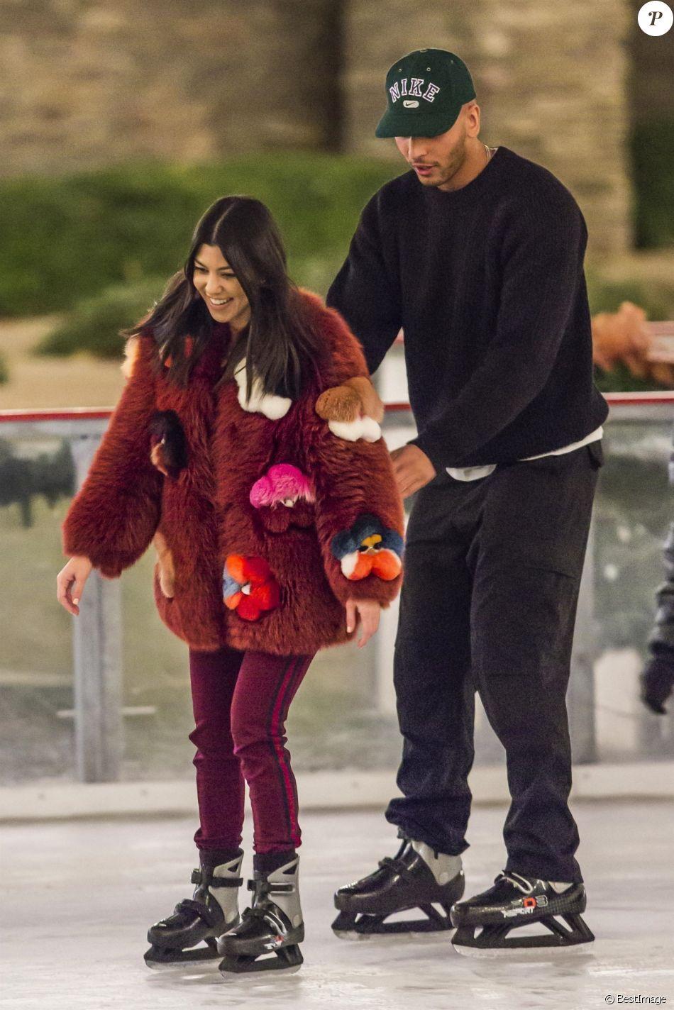 Kourtney Kardashian et Younes Bendjima à Malibu. Le 23 décembre 2017.