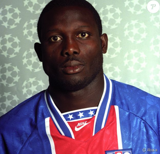 George Weah au Paris St. Germain à 1994.