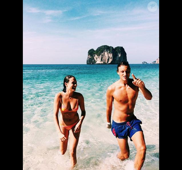 Arthur de Villepin et sa chérie Ana Girardot en Thaïlande (photo postée le 3 janvier 2018)
