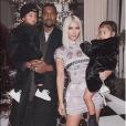 """""""Kim Kardashian, Kanye West et leurs enfants North et Saint West. Décembre 2017."""""""