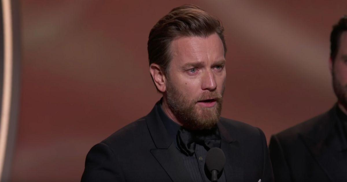 Ewan mcgregor a remport le prix du meilleur acteur dans une mini s rie ou un t l film pour sa - Prix du meilleur architecte ...