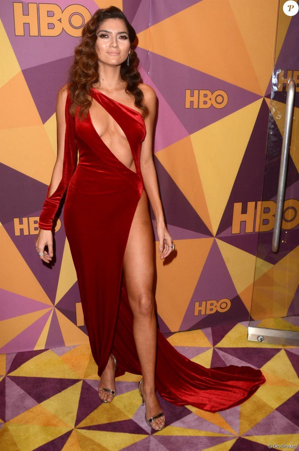 Blanca Blanco au photocall de la soirée HBO's official Golden Globe after party au restaurant Circa 55 de l'hôtel Hilton à Beverly Hills le 7 janvier 2018.