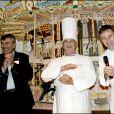 Paul Bocuse avec Pierre Carrier lors d'une soirée de gala en novembre 2004 dans son restaurant L'Abbaye du Pont de Collonges.