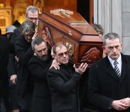 Dolores O'Riordan : Sa dépouille exposée dans son cercueil, l'adieu de Limerick