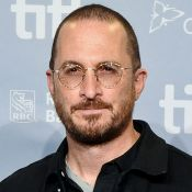 Darren Aronofsky oublie Jennifer Lawrence au bras d'une autre jeune actrice