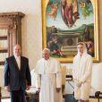 Le prince Albert II et la princesse Charlene de Monaco reçus par le Pape François lors d'une audience privée au Vatican, le 18 janvier 2016. © Gaëtan Luci/Palais Princier/Pool Restreint/ Bestimage